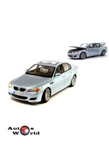 Macheta auto BMW M5 (E60) albastru 2006, 1:18 Maisto