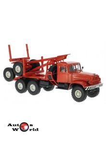 Macheta camion KrAZ 214L transportor lemne rosu, 1:43 Special Co