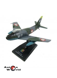Macheta Avion North American Sabre F86E 4Th Aerobrigata 1:100
