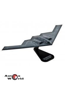 Macheta Avion Northrop-Grumman B-2A Spirit Stealth Bomber U.S.A.F. 1:100 Italieri