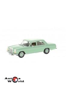 Macheta auto Mercedes 200/8 (W115) verde 1968, 1:43 Whitebox