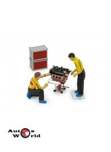 Accesorii:Set Motor, 2 mecanici figurine + Accesorii, 1:43 Brumm
