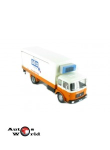 Camion Saviem SM240 frigorific 1972, 1:43 Ixo