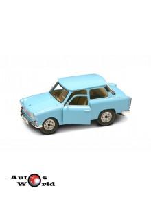 Macheta auto Trabant 601 albastru, 1:24 Lucky Diecast