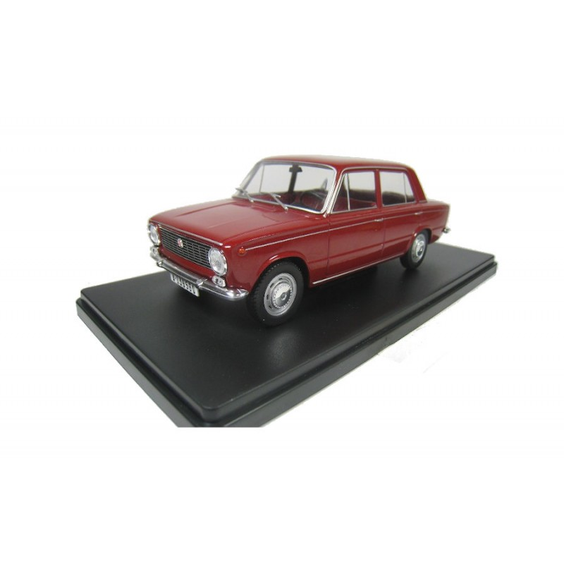 Macheta auto Seat 124L 1969, 1:24 Colectia Automobile de Neuitat – World – Hachette
