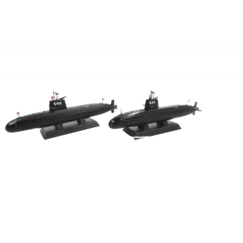 Macheta nava Submarin U-BOOT SS 590 Oyashio 591 Michishio, Colectie machete militare Armata Japoneza JSDF68, 1:900 Deagostini