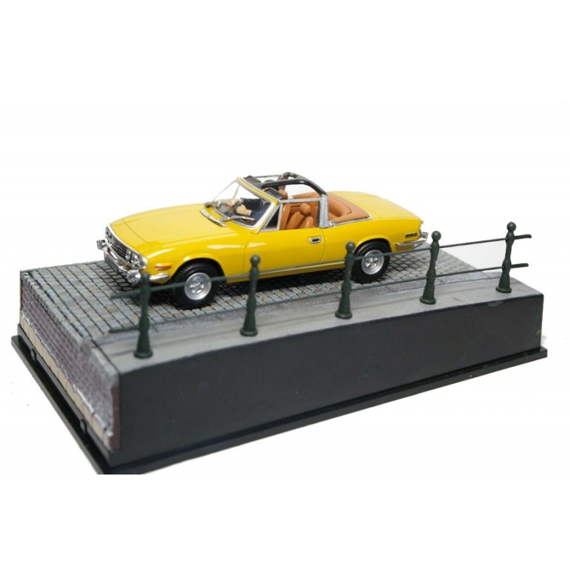Macheta auto Triumph Stag Nr.14, 1:43 Colectia James Bond Eaglemoss