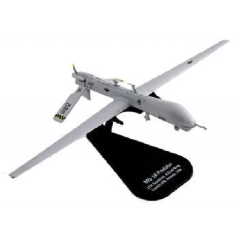 Macheta Avion Drone General Atomics MQ-1B Predator US, 1:100 Italieri