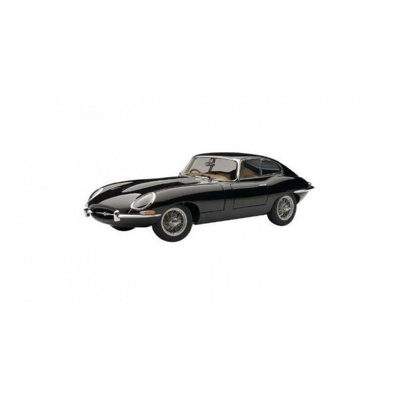 Macheta auto Jaguar E-Type Coupe Series I 3.8 (1961) negru, 1:18 Autoart