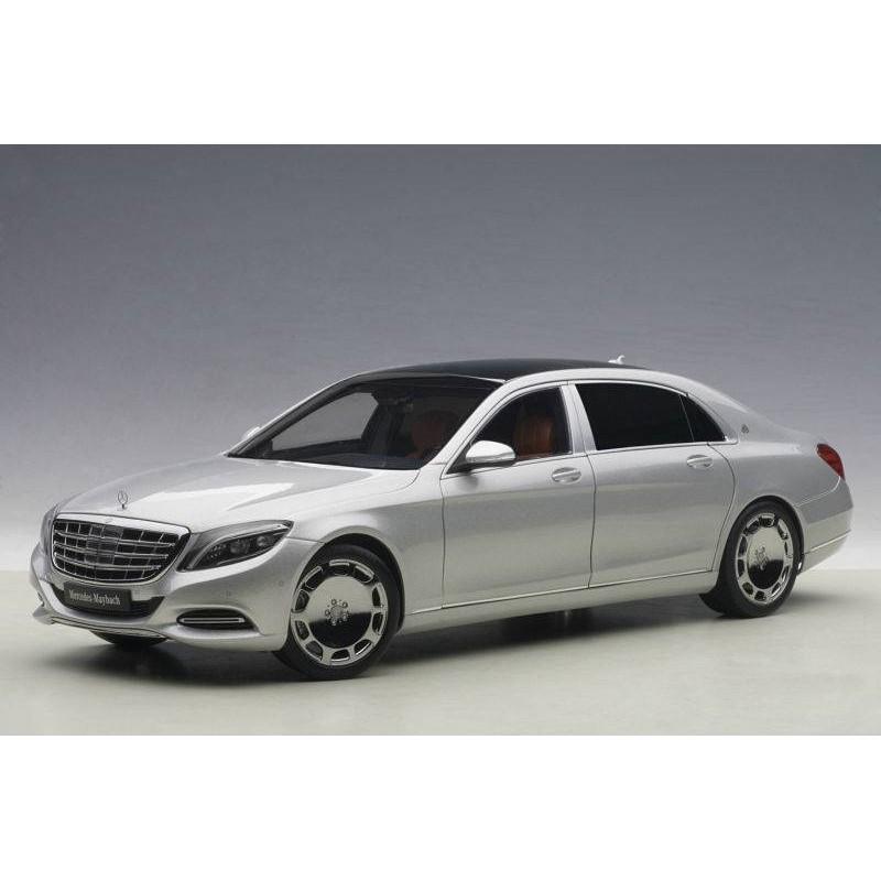 Macheta auto Mercedes-Benz Maybach S-Klasse (S600) SWB (2015) argintiu, 1:18 Autoart