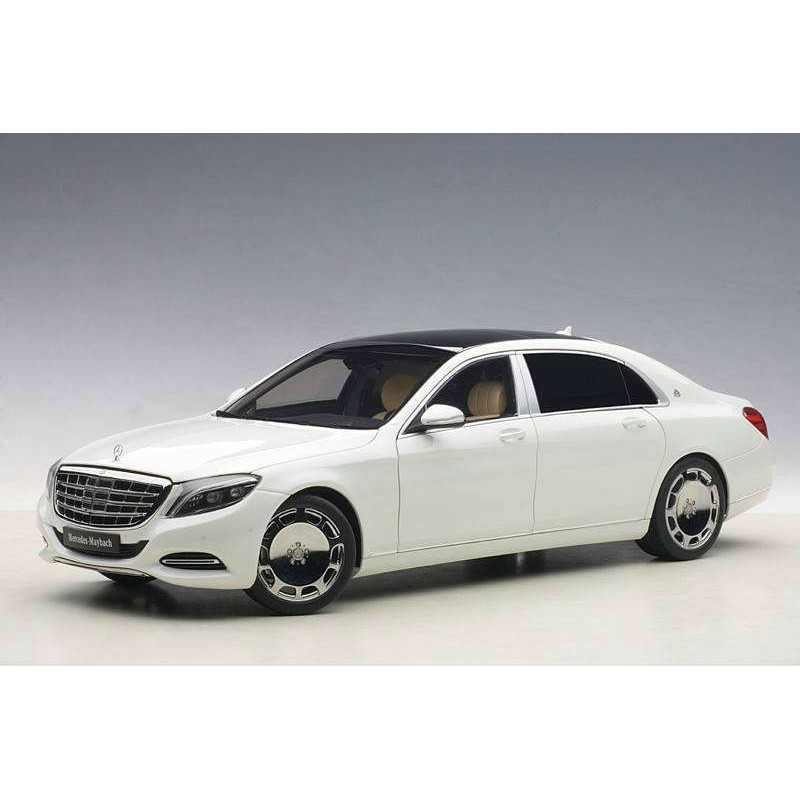 Macheta auto Mercedes-Benz Maybach S-Klasse (S600) SWB (2015) alb, 1:18 Autoart