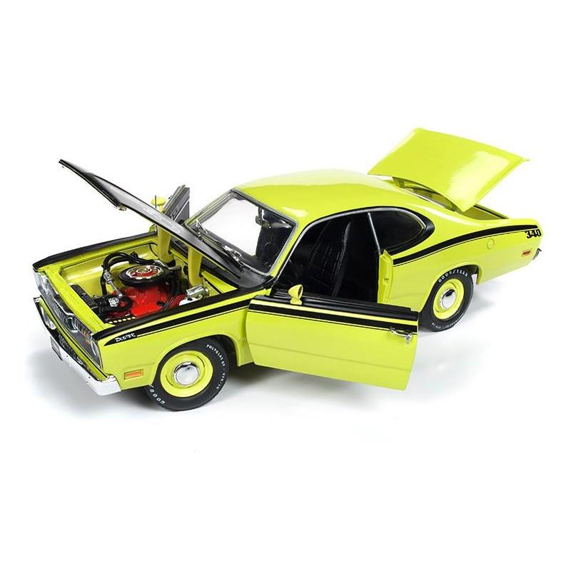 Macheta auto Plymouth Duster 1971, 1:18 Autoworld