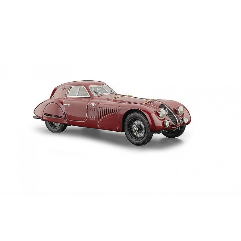 CMC: 1:18 Alfa Romeo 8C 2900B Speciale Touring Coupè, 1938 - Nou