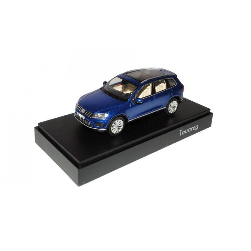 Macheta auto Volkswagen Touareg II facelift albastru 2015, 1:43 Herpa
