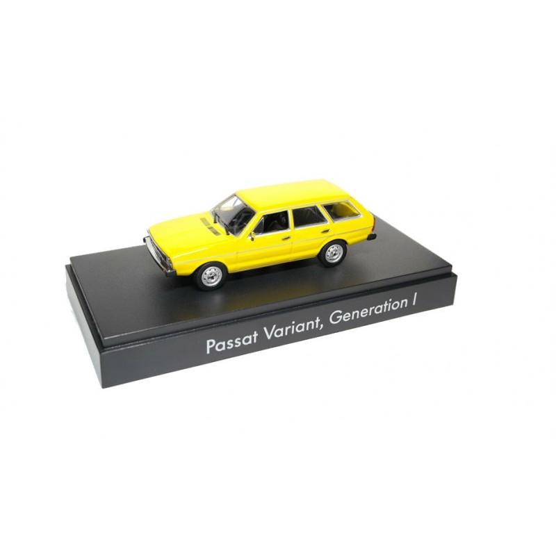 Macheta auto Volkswagen Passat Variant B1 type 33, 1974, 1:43 Minichamps