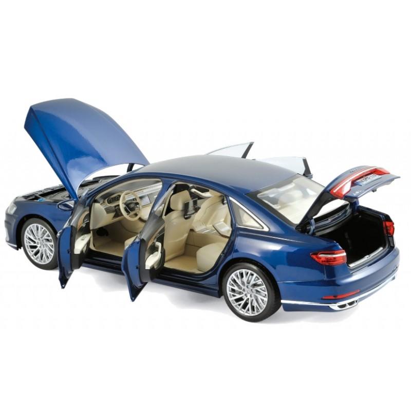 Macheta auto Audi A8 L 2017 albastru, 1:18 Norev