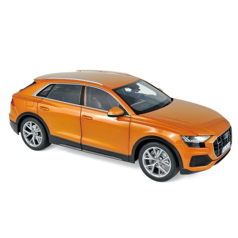 Macheta auto AUDI Q8 portocaliu (2018), 1:18 Norev