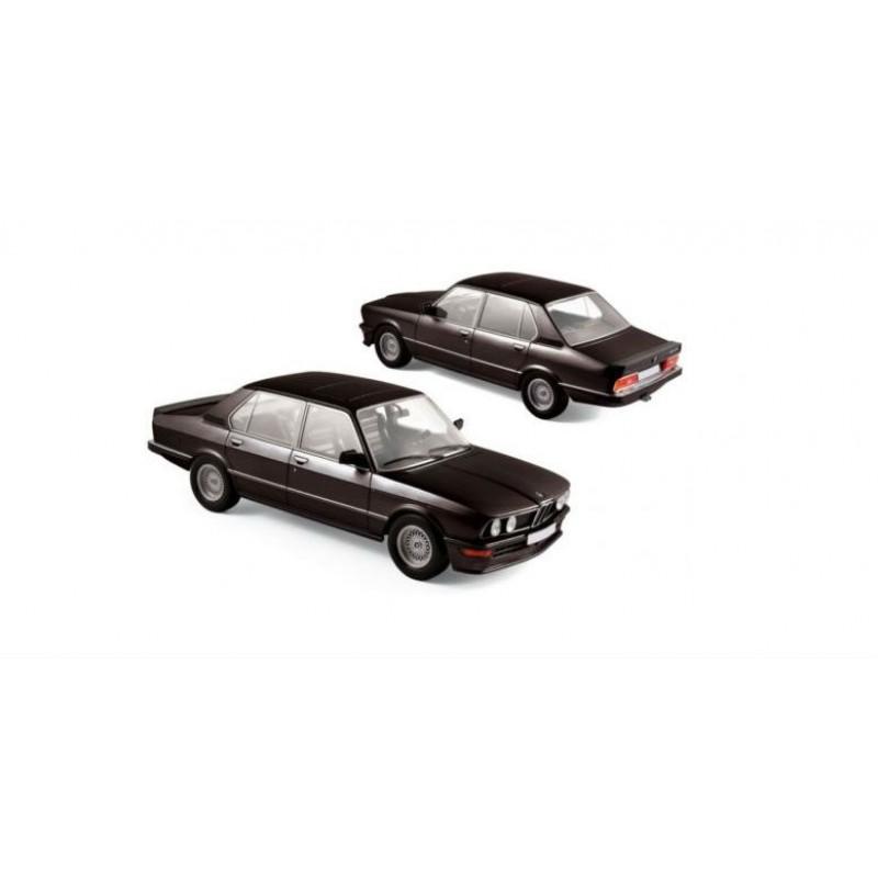 Macheta auto BMW 535i (1980) 1:18 negru Norev