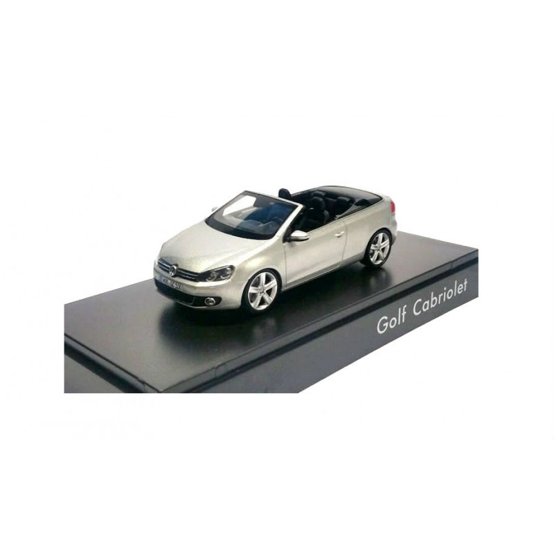 Macheta auto Volkswagen Golf VI cabrio 2011, 1:43 Schuco