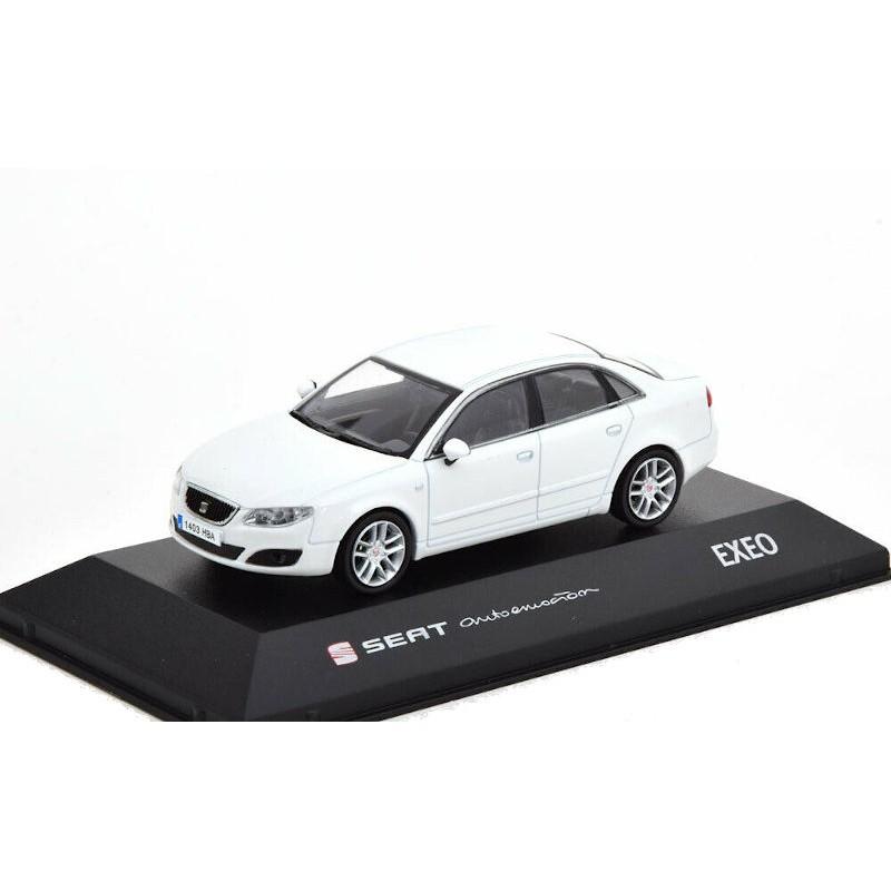 Macheta auto Seat Exeo alb 2008, 1:43 Fischer – dealer model