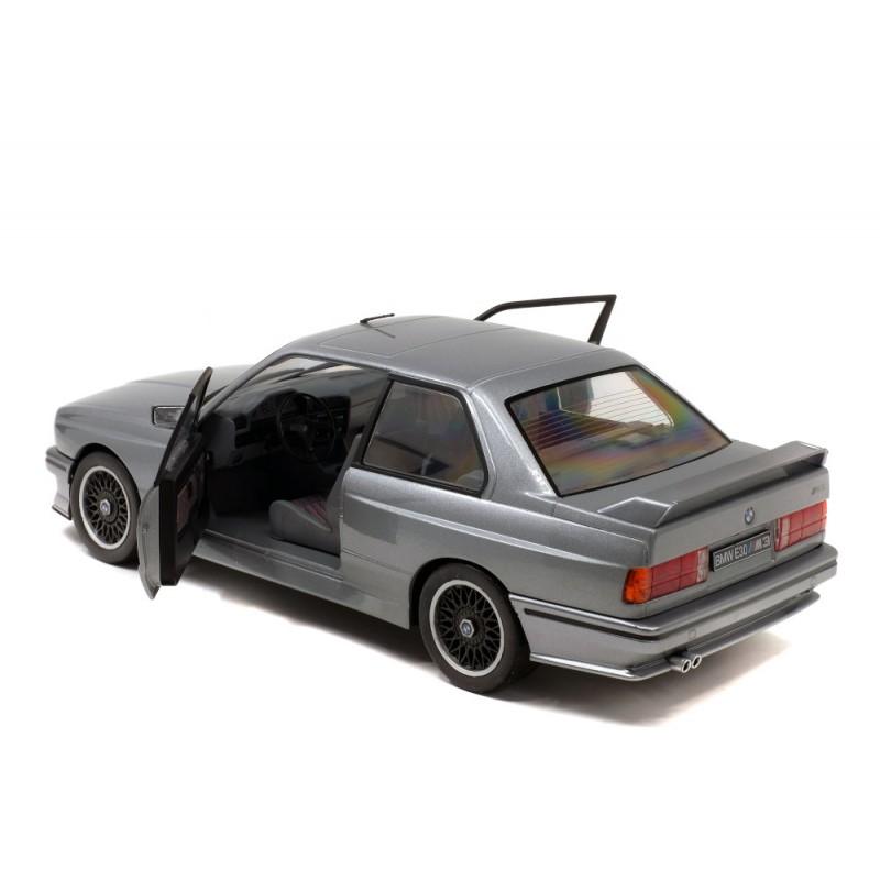 Macheta auto BMW E30 M3 1990 gri, 1:18 Solido