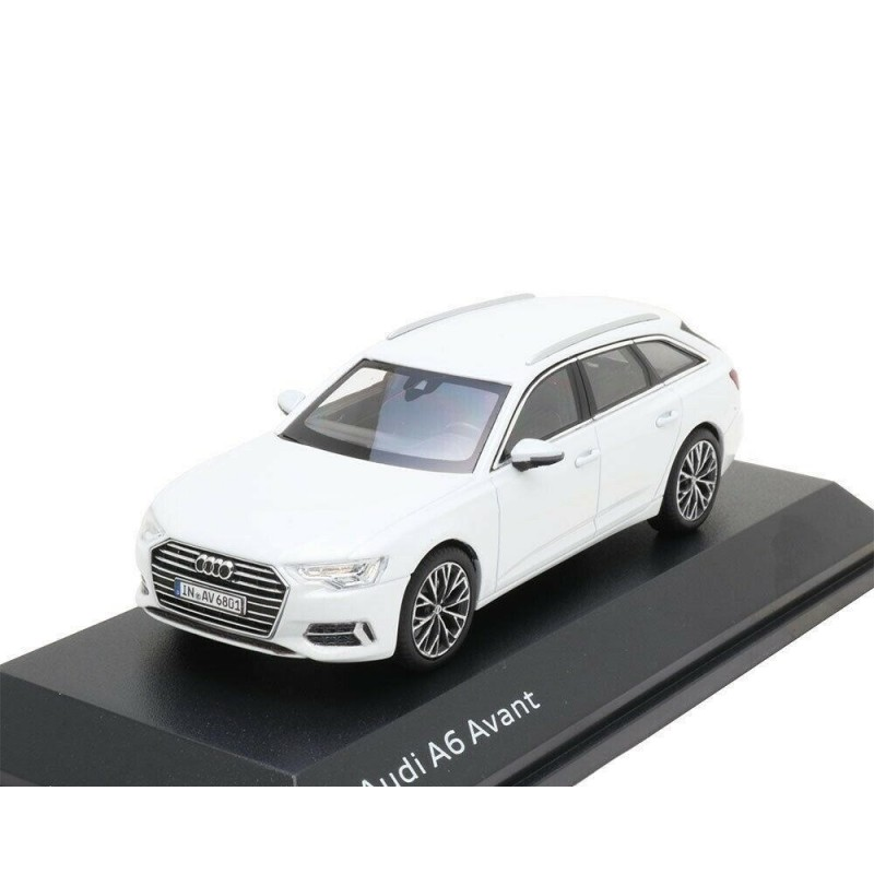Macheta auto Audi A6 Avant 2018 alb, 1:43 Spark Dealer edition