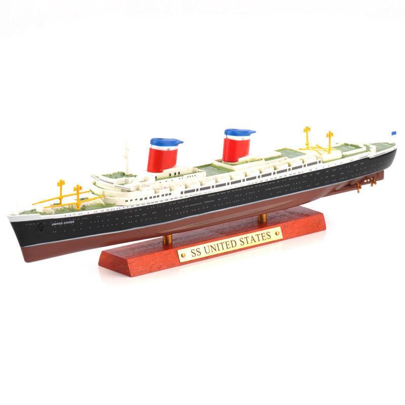 Macheta nava SS United States 1951, 1:1250 Atlas