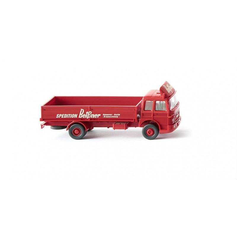 Macheta Camion MAN bena Beissner 1967, 1:87 Wiking