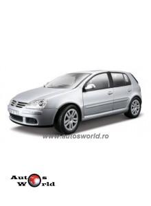 Volkswagen Golf V argintiu, 1:18 Bburago