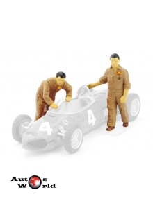 Figurina mecanici Ferrari impingand masina standuri, 1:43 Brumm