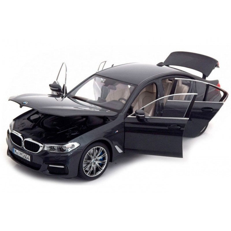 Macheta auto BMW Seria 5 G30 2016 negru, 1:18 Kyosho Dealer Edition