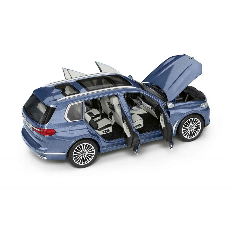 Macheta auto BMW X7 (G07) 2019 albastru, 1:18 Norev Dealer Edition