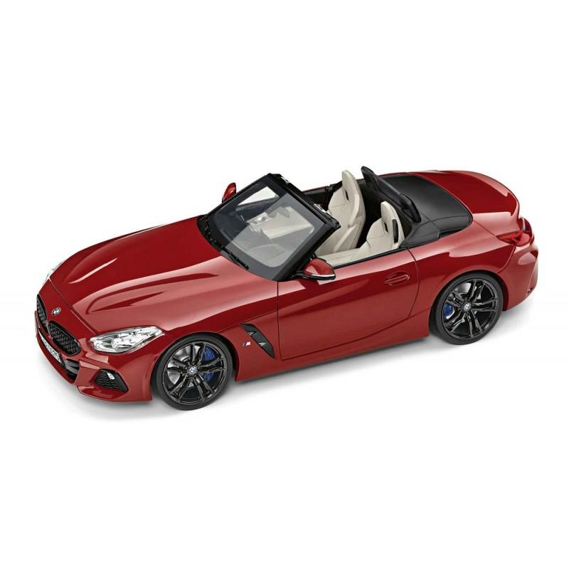 Macheta auto BMW Z4 (G29) 2019 rosu, 1:18 Norev Dealer Edition