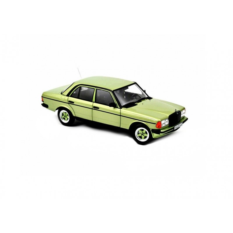 Macheta auto Mercedes-Benz 200 W123 AMG verde 1984, 1:18 Norev