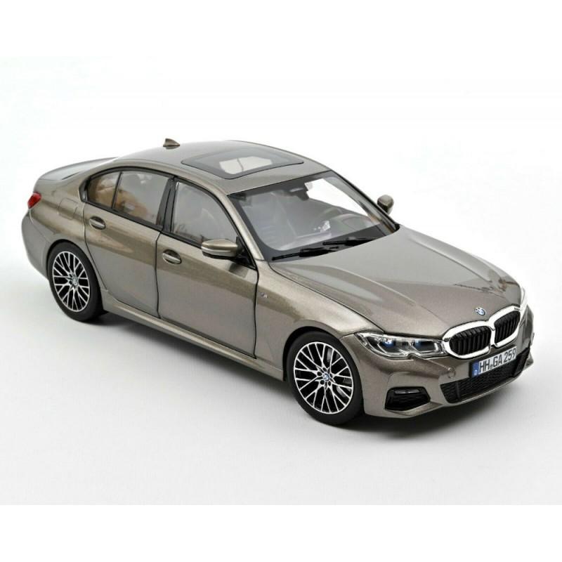 Macheta auto BMW 330i argintiu 2019, 1:18 Norev
