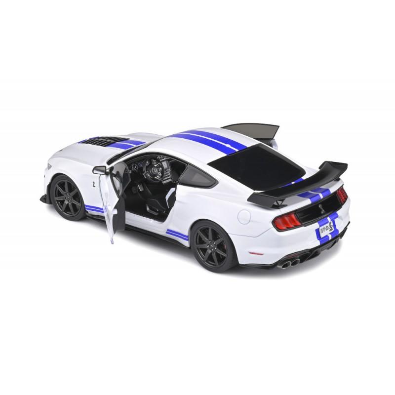 Macheta auto Ford Mustang GT500 Fast Track alb 2020, 1:18 Solido