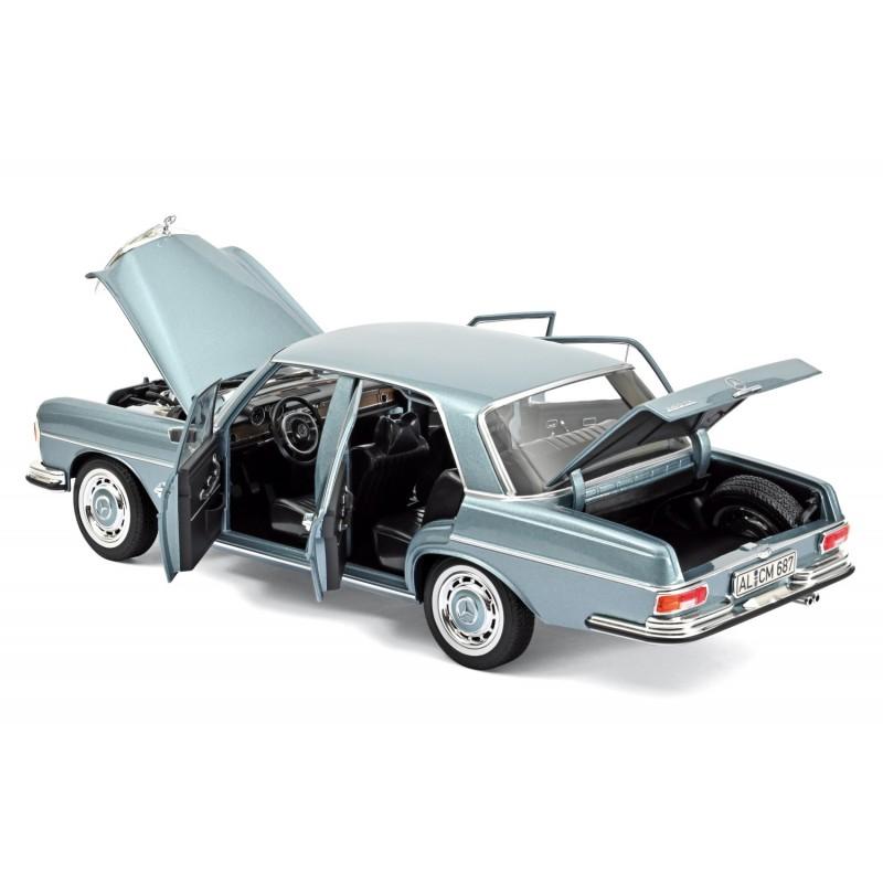 MERCEDES-Benz 280 SE (W108 E28) (1968) 1:18 albastru deschis