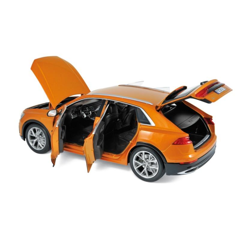AUDI Q8 (2018) 1:18 orange metalizat